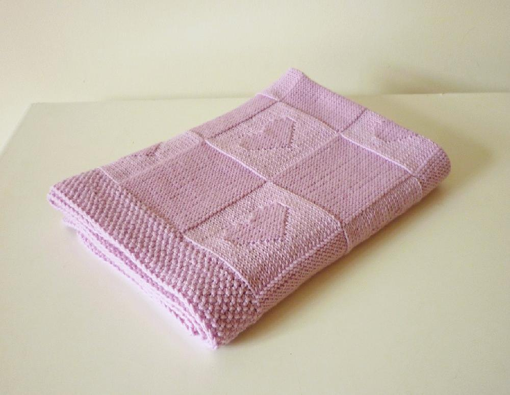 10 Easy To Knit Baby Blankets Loveknitting